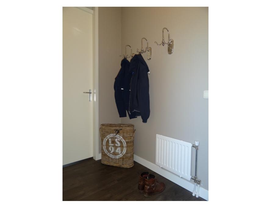 Appartement wandafwerking in haaften van maaswaal schilderwerken - Appartement hal ...